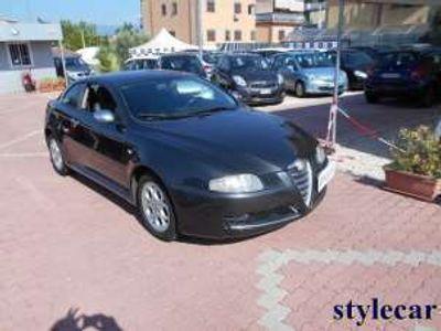 usata Alfa Romeo GT 1.9 JTDM 16V Distinctive Q2 usato