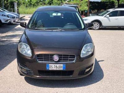 käytetty Fiat Croma 1.9 Multijet 16V aut. Dynamic