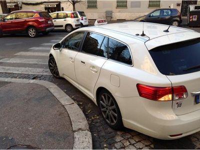 usata Toyota Avensis 2.2 D-Cat aut. Wagon Lounge