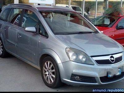 usata Opel Zafira 1.9 CDTI 120CV Cosmo