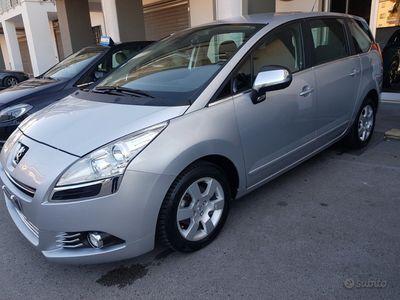 usata Peugeot 5008 1,6 hdi 112cv 5 posti 10/2011 uniprop