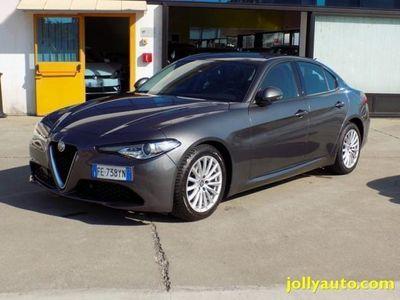 usata Alfa Romeo Giulia 2.2 Turbodiesel 180 CV AT8 Business Sport Launch E