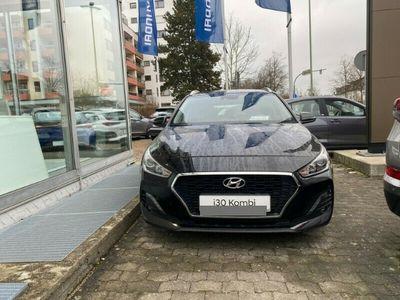 usata Hyundai i30 New Kombi (mj20) 1,4 Benzin Turbo M/t Sonderedition Yes! (2019) Navi Rückfahrkam.