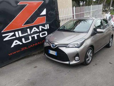 usata Toyota Yaris 1.5 Hybrid