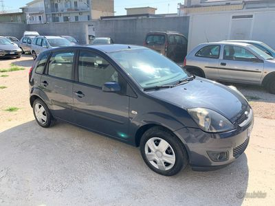 usata Ford Fiesta 1.4 tdci 70 cv x neopatentati 2006