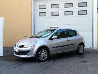 usata Renault Clio 1.2 16V 3 porte Le Iene