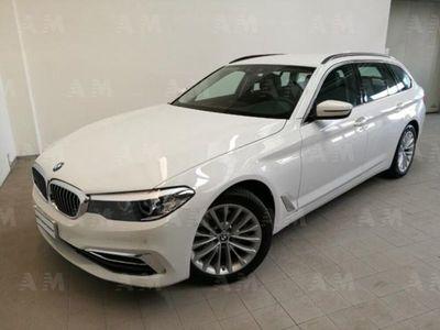 usata BMW 520 Serie 5 Touring d xDrive Luxury del 2019 usata a Carpi