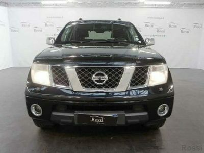 usado Nissan Pathfinder 2.5 dci LE