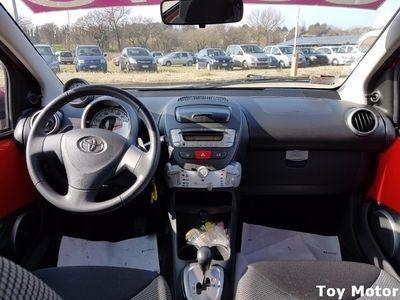 usata Toyota Aygo 1.0 12V VVT-i 5 porte Lounge Connect MMT