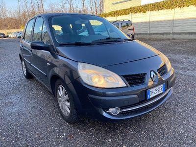 usata Renault Scénic 1.9 dCi/130CV Dynamique
