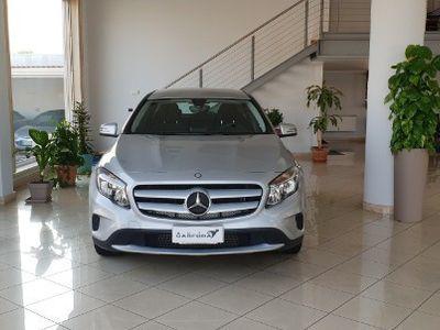 usado Mercedes GLA180 cdi automatica executive 2015