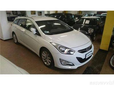 gebraucht Hyundai i40 wagon 1.7 crdi 136cv style italiana offerta maggio diesel station bianco