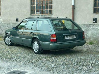 usata Mercedes 200 sw te 1993 200000km