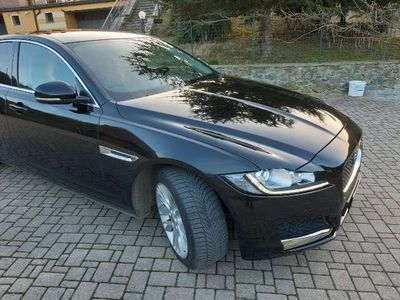 usata Jaguar XF 2.0 D 180 CV AWD aut. Prestige