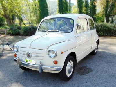 usata Fiat 600 anno 1960, completamente restaurata, pari al nuovo