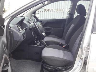 usata Ford Fiesta 1.4 Tdj ok neo patentati