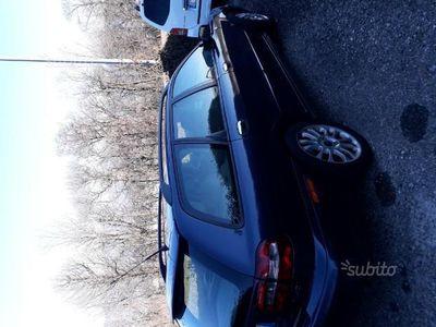 usata Volvo V40 - 2004