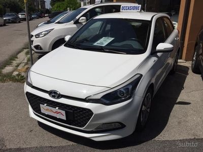 usata Hyundai i20 1.100 CRDI 5 PORTE 2015 PERFETTA