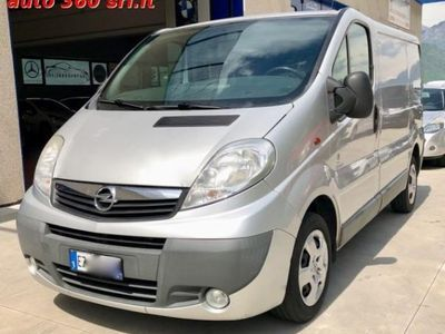 usado Opel Vivaro 27 2.0 CDTI 120CV PC-TN Furgone 3 POSTI