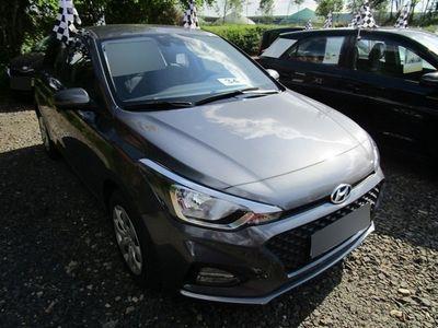 used Hyundai i20 Navi/s&s /r.cam/shzg Vorn/klima..