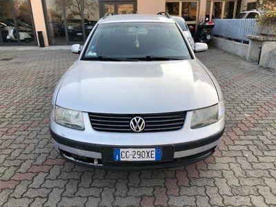 usata VW Passat 1.9 TDI/130 CV cat Var. Executive
