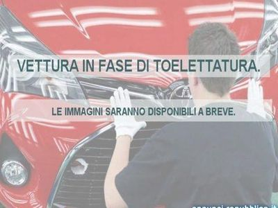 usado Toyota Avensis Verso 2.0 D Sol 7 posti Torino