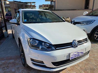 usata VW Golf VII 1.6 TDI 90 CV 2016 DA VETRINA