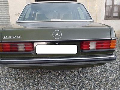 usado Mercedes 240 240D usato