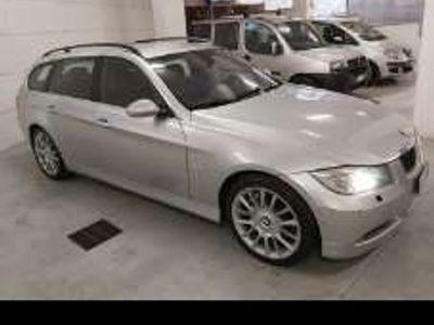 usata BMW 330 Serie 3 (E90/E91) cat xDrive Touring Futura