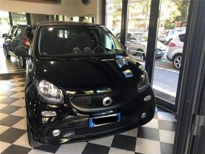 begagnad Smart ForFour 1.0 Youngster 70 CV PER NEO PATENTATI