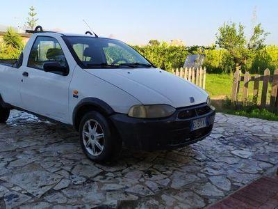 usata Fiat Strada 1,7 tue o diesel PICK-UP