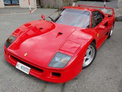usata Ferrari F40 no cat.