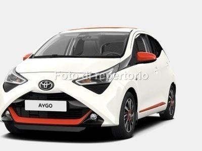 usata Toyota Aygo AYGO1.0B MT 5P XWAVE ORANGE MY18