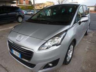 usata Peugeot 104 5008 2.0 hdi 150cv business unipr km 38000 leggediesel