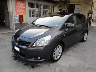 usata Toyota Verso 2.0 D Sol 126 CV 5 posti