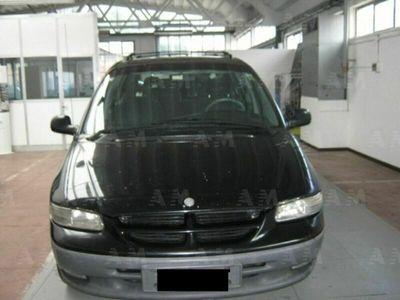 usata Chrysler Grand Voyager 2.0 16V SE del 1997 usata a Ascoli Piceno