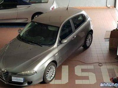 "usata Alfa Romeo 147 1.9 JTD (120)5 porte Distinctive""""MECCANICA PERFET rif. 12577995"