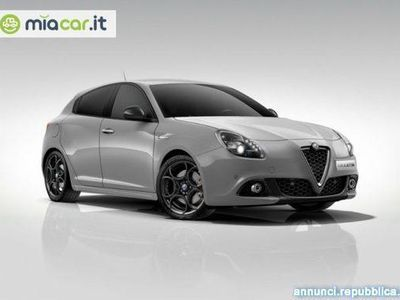 usata Alfa Romeo Giulietta 1.6 JTDm 120 CV B-Tech Milano