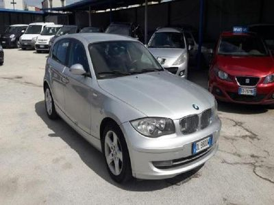 usata BMW 118 Serie 1 d 5 porte Attiva