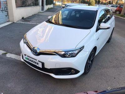 usata Toyota Auris Touring Sports 1.8 Hybrid Style