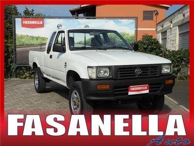 usata Toyota HiLux 2,4 D 4x4 2 Porte Ln 110l Usato