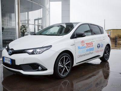 brugt Toyota Auris Hybrid - 2018