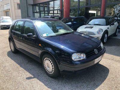 used VW Golf IV 1.4 benzina 5p. - Neopatentati