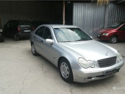 usata Mercedes C200 ClasseCDI Classic 2002