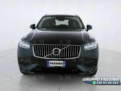 usata Volvo XC90 B5 (d) AWD Geartronic 7 posti Momentum del 2020 usata a Milano
