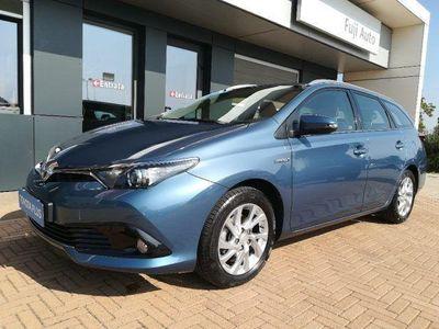 używany Toyota Auris Touring Sports 1.8 Hybrid Business