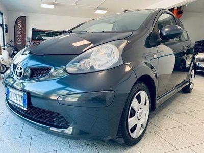 begagnad Toyota Aygo 1.0 12V VVT-i 3 porte Sol rif. 11654312