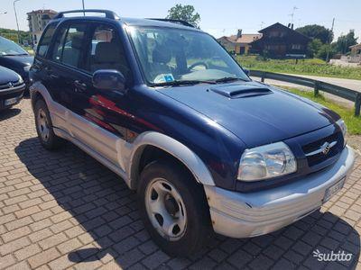 begagnad Suzuki Vitara 4x4 unico proprietario