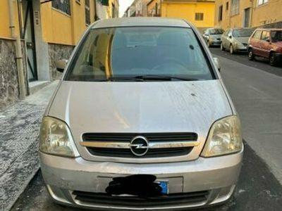 usata Opel Meriva 1.7 grigio metallizzato 5 posti