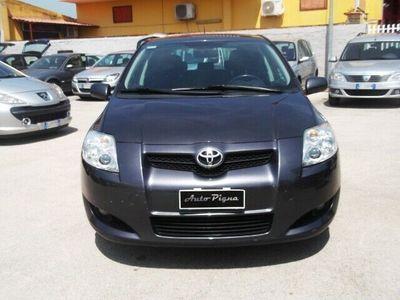 usata Toyota Auris 1.6 5 porte Sol
